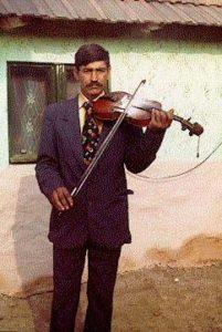 Csányi Sándor Cilika (1959) fiddle